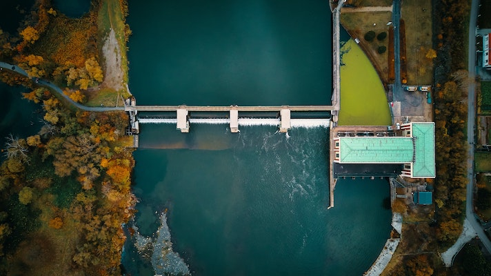 Water dam birdseyeview connection